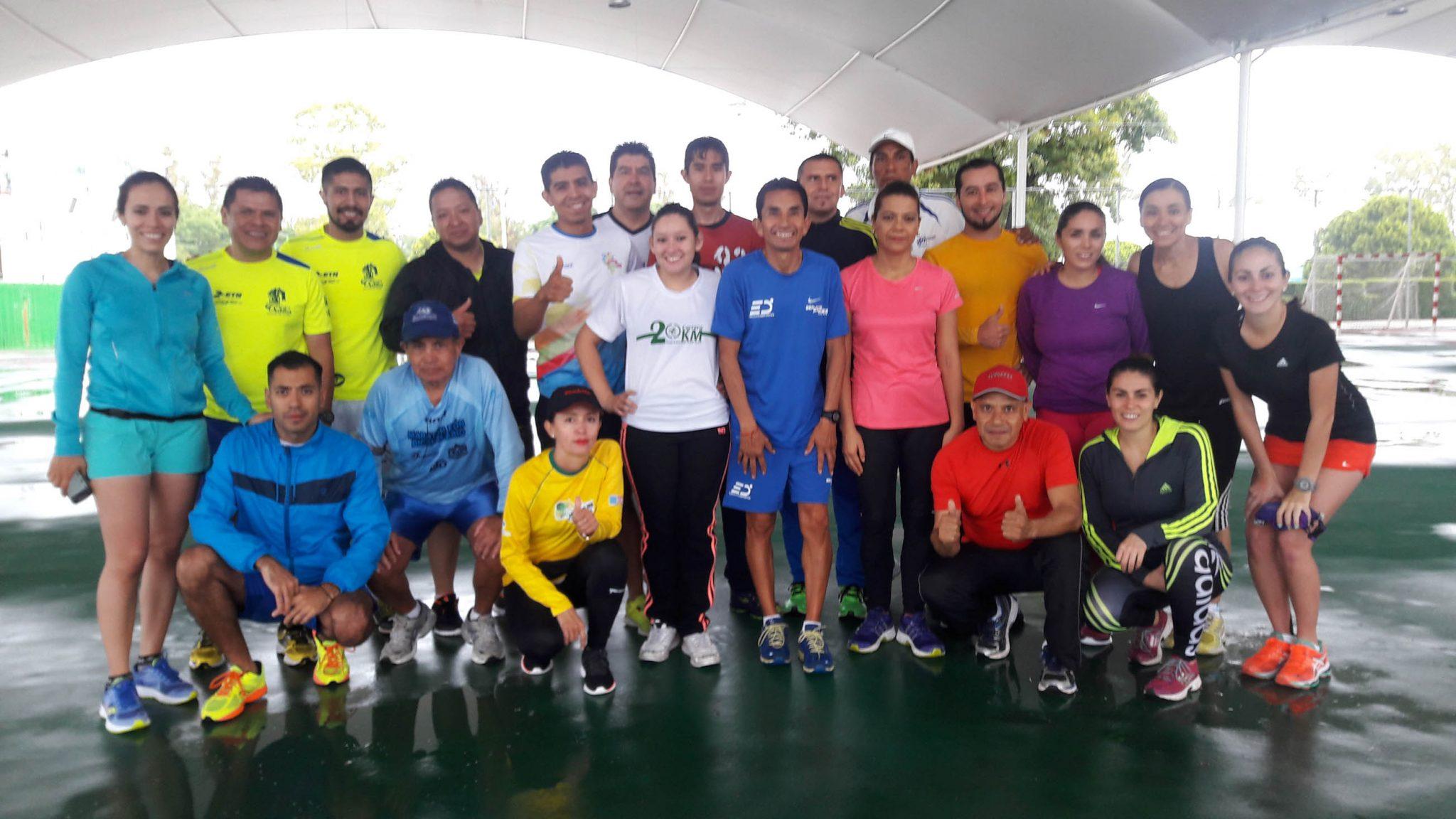 Exitosa clínica y entrenamiento público impartió en León el maratonista  Benjamín Paredes. 873afdfbd54a4