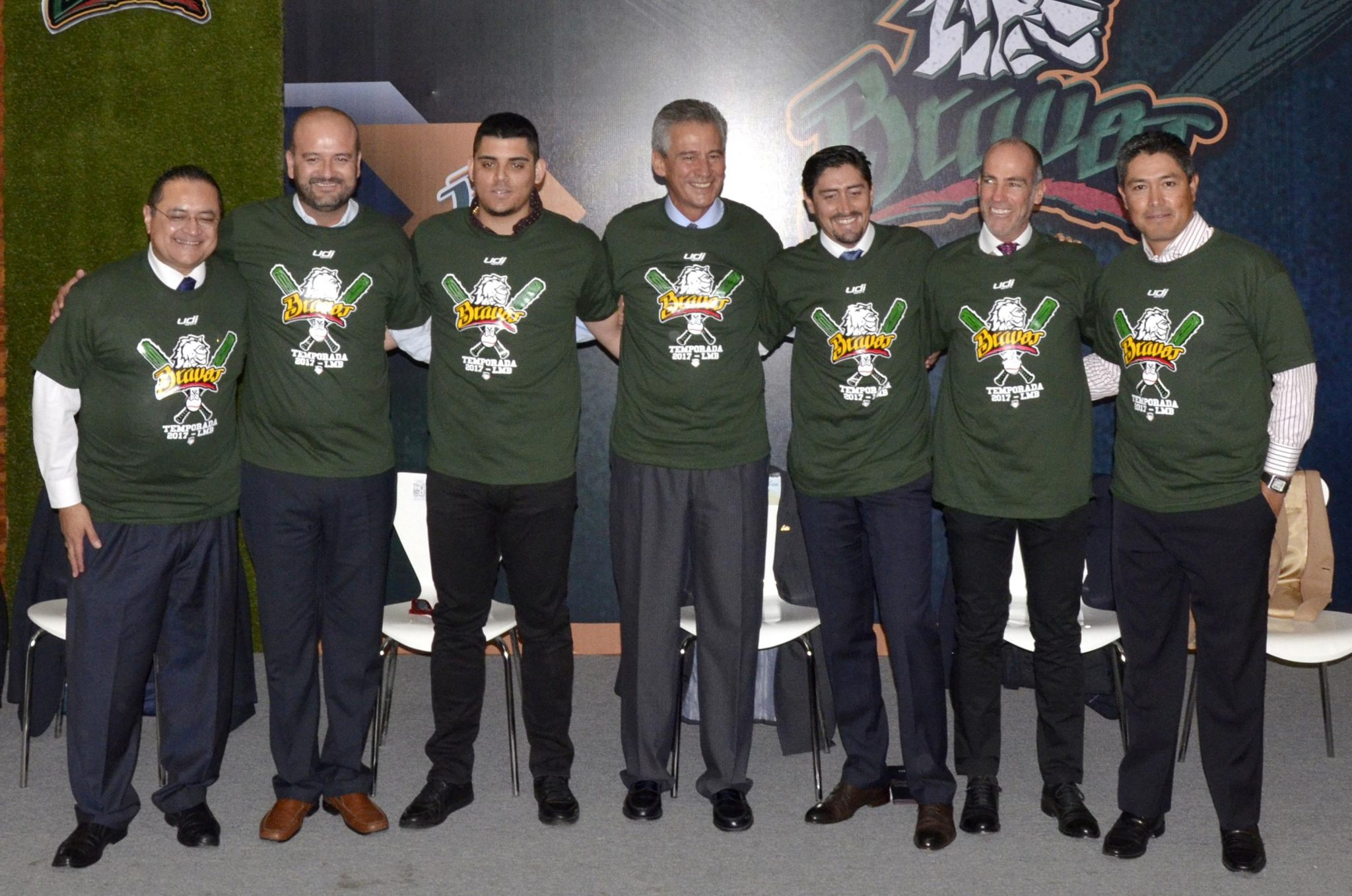 Resurge el béisbol profesional en León con 'Los Bravos'