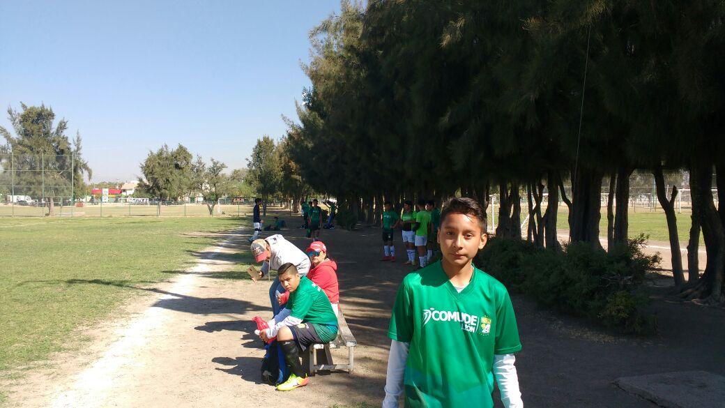 Club León busca talento en las escuelas de futbol de Comude León.