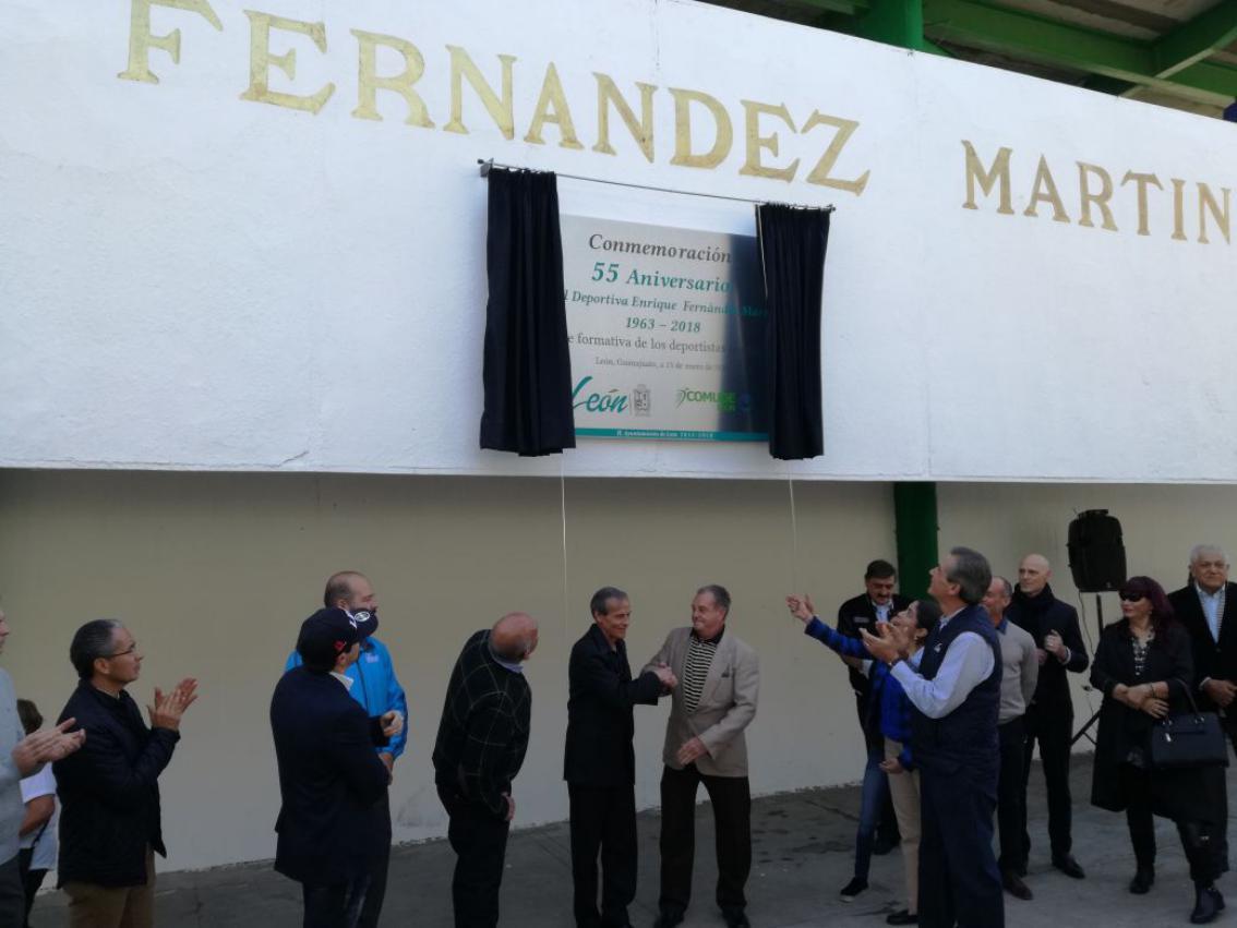 Se viste de gala la deportiva Enrique Fernández Martínez en su aniversario 55