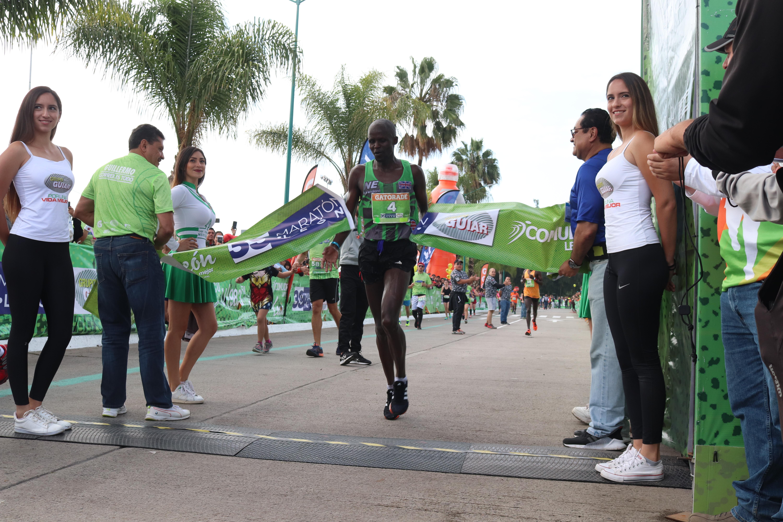 Maratón León Guiar 2018 rompe récord de participación en distancia de 42 k.